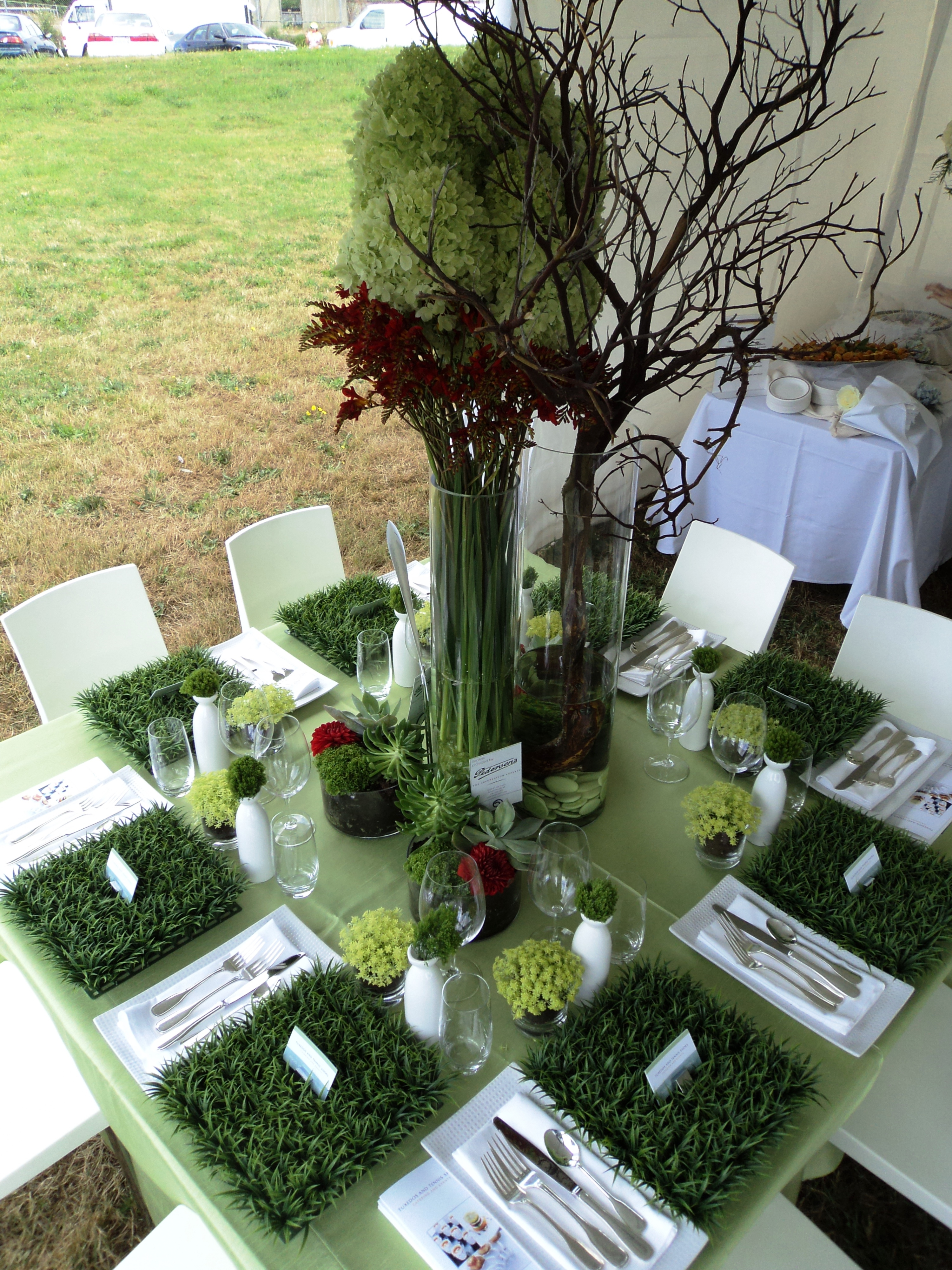 Table tops chew on this for Artificial grass decoration crafts